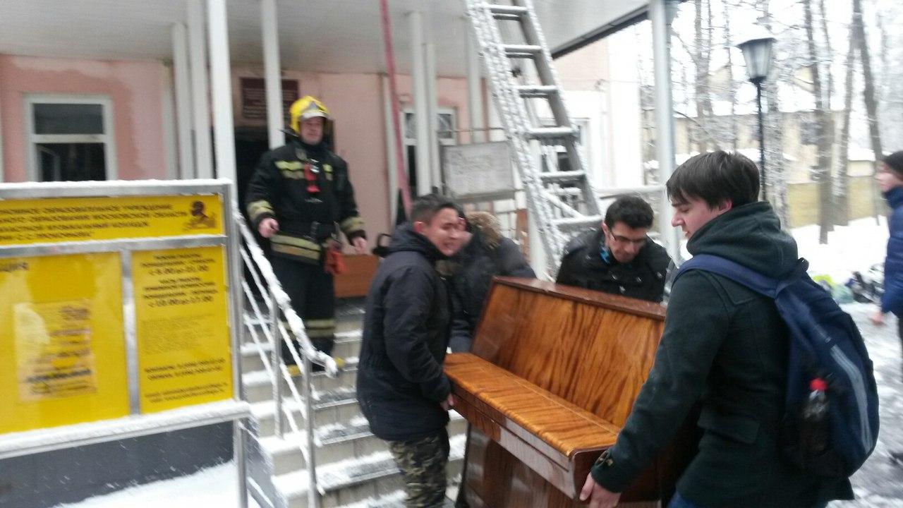 музыкальный колледж в пушкино погиб
